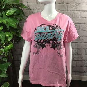 Tops - Jason Aldean pink SHE'S COUNTRY large graphic tee